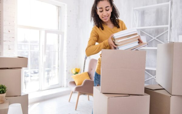 7 Clever Tips for Moving on a Budget